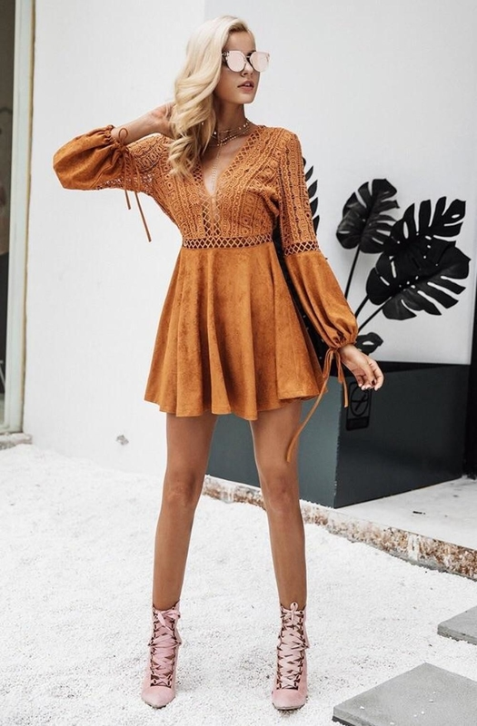 New Design Women Long Sleeve Hollow Out Dress in Causal Dresses Mini Sexi
